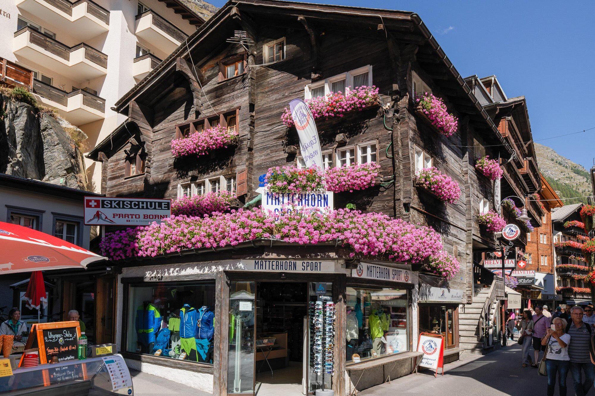 Kletterausrüstung Zermatt : Sportgeschäft zermatt ski snowboards bergsportartikel bike
